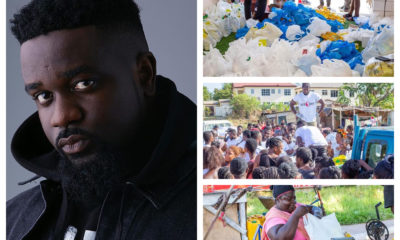Sarkodie Shows Love[Donates] To The People Of Tema.