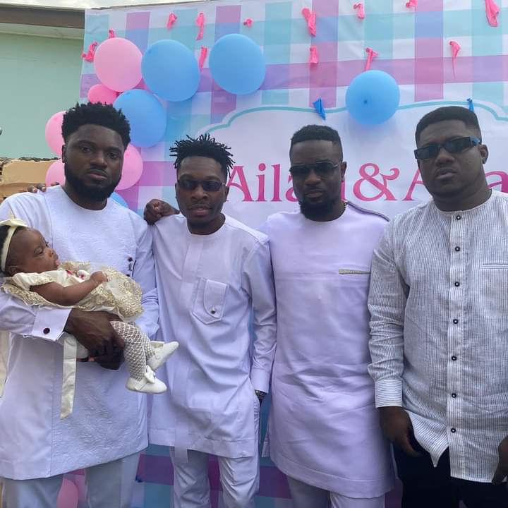 Sarkodie, Angel Town and Others Join Donzy As He Outdoors His Twins.